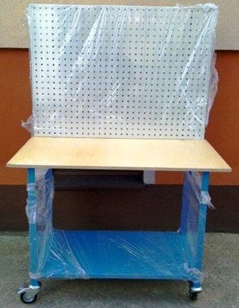 Stół mobilny na kółkach z tablicą narzędziową (wymiary: 1200x600x900 mm) 77156974