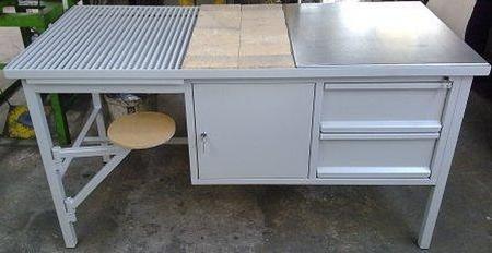 Stół spawalniczy z siedziskiem, 2 szuflady, 1 szafka (wymiary: 2000x700x900 mm) 77156942